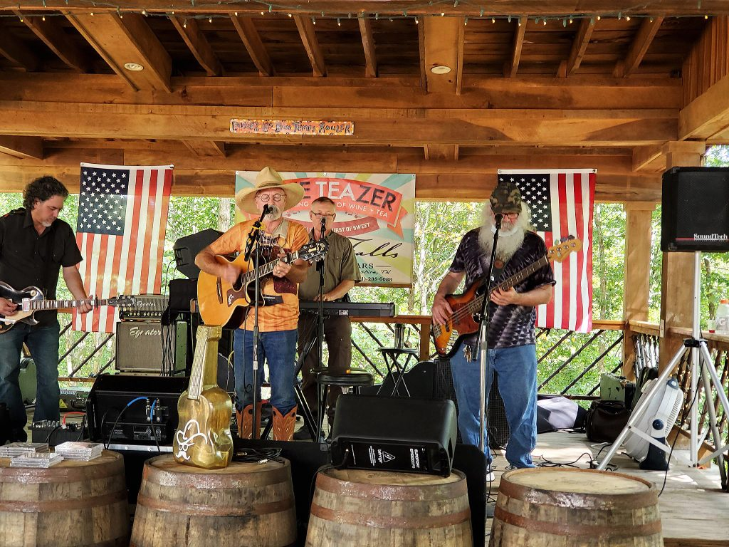 amberfalls winery event with kenny durham